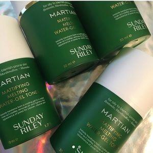 Sunday Riley Makeup - 4xSunday Riley Martian Mattifying gel water toner